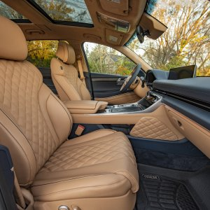 Genesis-GV80-Interior-Ultramarine-Blue-Dune-Beige-Two-Tone-Birch-Ash-Signature-Design-Selectio...jpg